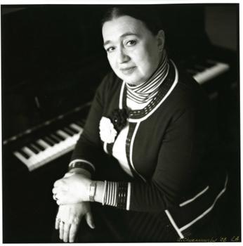 Виктория Постникова
