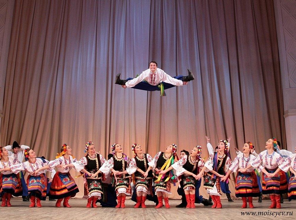 Билеты на концерт ансамбля игоря моисеева в москве северский театр музыкальной комедии афиша для детей